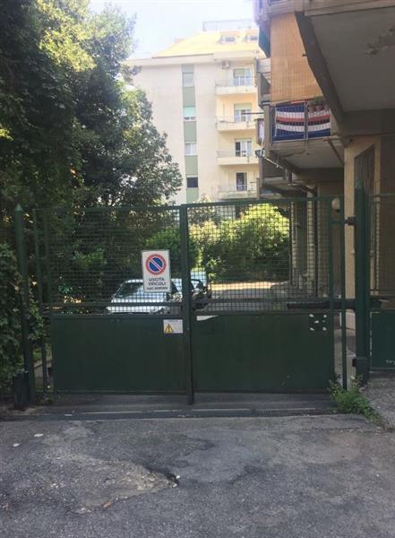 ALBARO - Via Orsini - BOX  26 mq.