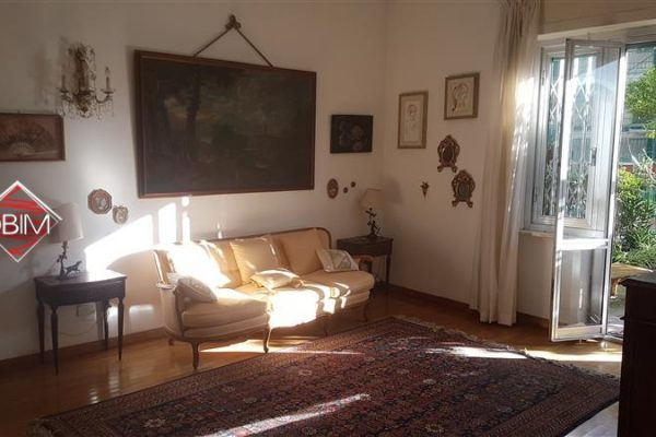 ALBARO - Via Sforza - 90 mq + Giardino